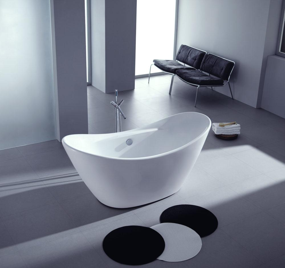 Decorating around your freestanding tub   Kingston Brass