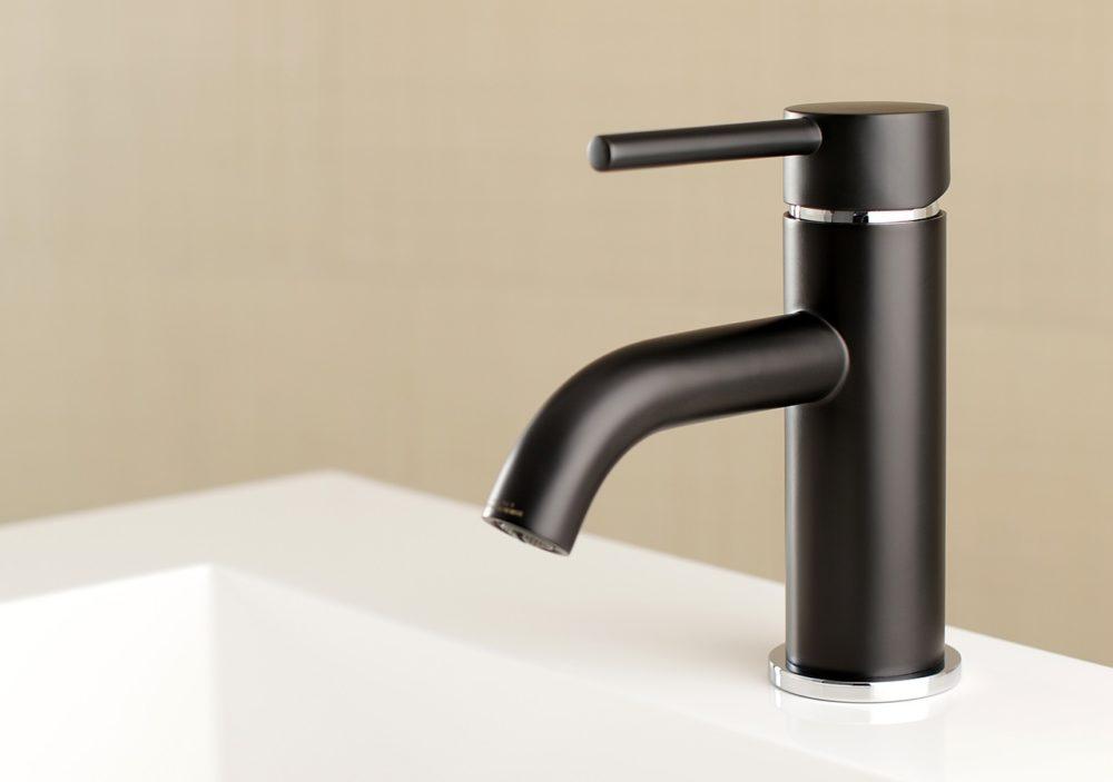 matte black faucet | Kingston Brass